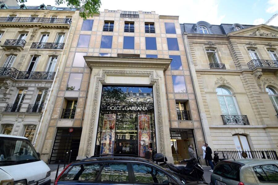 Champs-Élysées big brands
