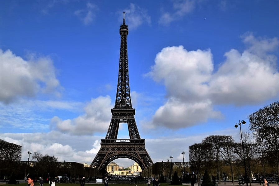 Eiffel Tower artistic structure