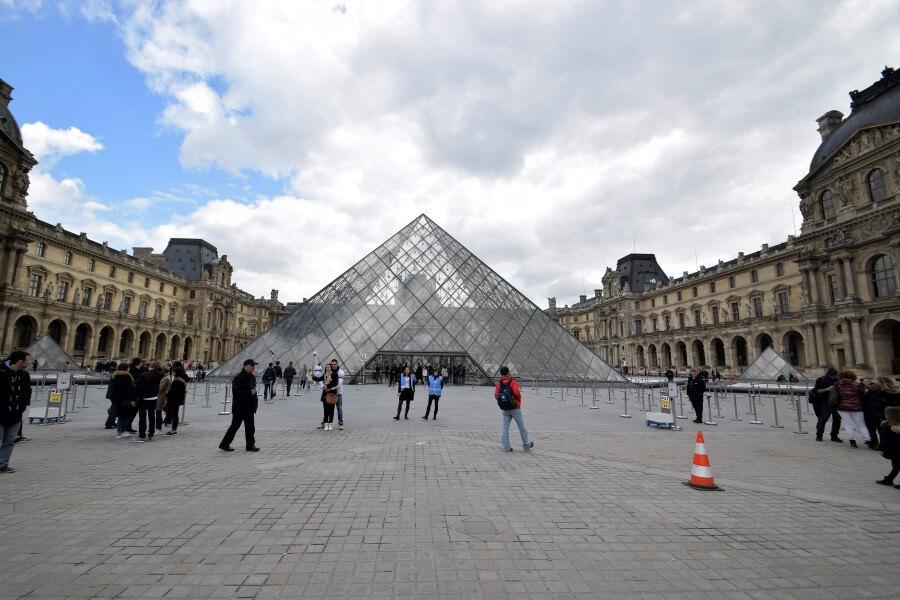 Musée du Louvre Museum
