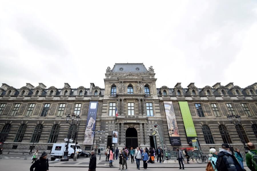 Musée du Louvre art gallery