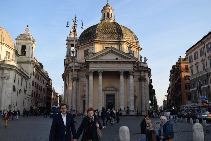 Piazza Del Popolo church