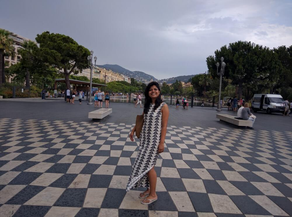 young-female-traveler-nice-french-riviera