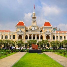 Ho Chi Minh Airport Guide: How to reach your hotel from airport
