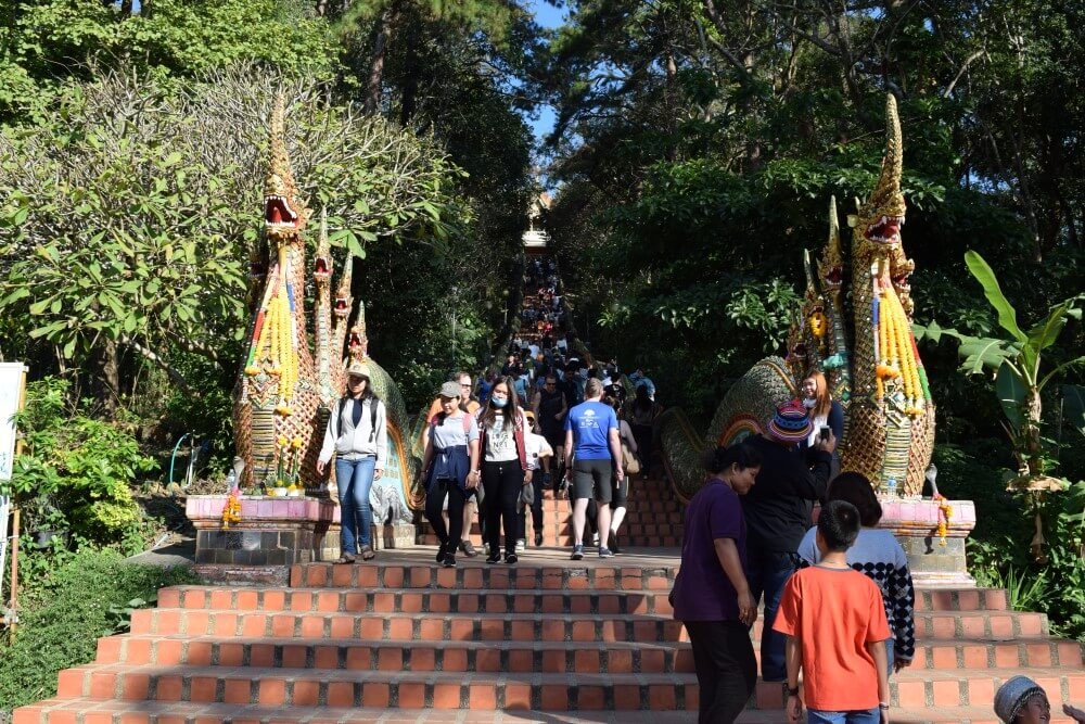 304 stairs of doi suthep temple