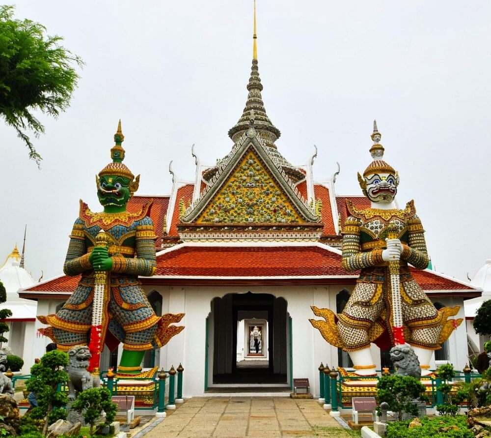 Travelpeppy bangkok temple tour