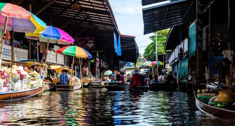 Taling Chan floating markets bangkok