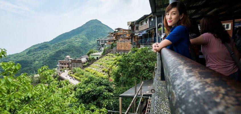 This Thai girl is an engineer and a yoga pro who wants to travel the world