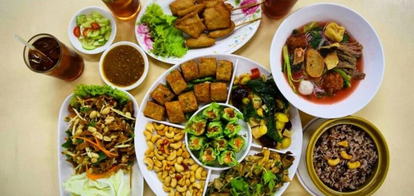 Vegetarian Thai Food tour by Take me tour
